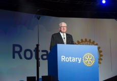 2017-18 RI President Ian H.S. Riseley speaks at the Closing ceremony, Rotary International Convention, 14 June 2017, Atlanta, Georgia, United States.